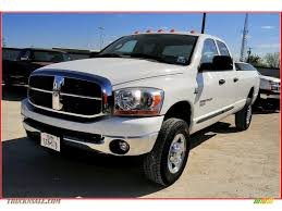 2006 dodge ram 2500 lone star edition quad cab 4x4 in bright white