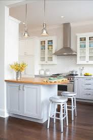 Kitchen Islands For Small Spaces Best 25 Small Kitchen Peninsulas Ideas On Pinterest Small
