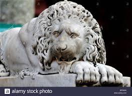 marble lion italian marble lion sculpture stock photo 30740376 alamy