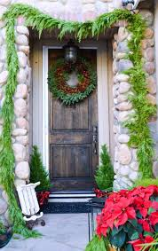Decorating Fresh Christmas Wreaths by 626 Best Christmas Decorating With Evergreens Images On Pinterest
