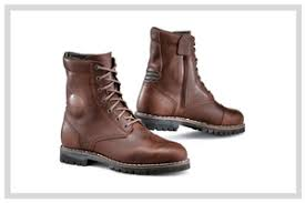 best street riding boots motorcycle boots reviews hands on reviews for over 20 years