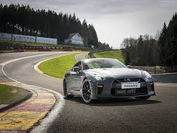 nissan gtr launch control new nissan gt r 2017 godzilla 10 quick facts to know find new