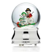 mikasa snowmen family snow globe mikasa snowglobe