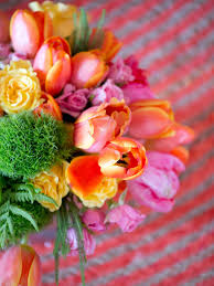 spring table decorations u0026 settings hgtv