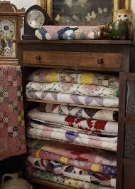 Quilt Storage Cabinets 312 Best Quilting Racks Images On Pinterest Quilt Racks Quilt