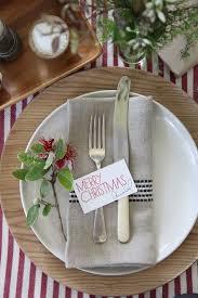 simple christmas table settings setting the christmas table with annabel langbein table settings