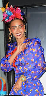 frida earrings beyonce transforms into mexican artist frida kahlo for