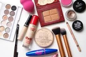 10 Must Bridal Up Kit by Makeup Kit Must Haves 4k Wallpapers