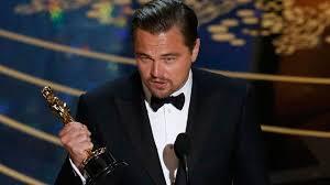Leonardo Dicaprio Meme Oscar - leonardo dicaprio almost left his oscar trophy behind at a hotel