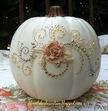 Shabby Chic Fall Decorating Ideas 39 Best Halloween Images On Pinterest Halloween Pumpkins Pink