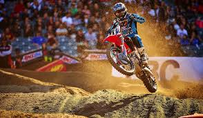 local motocross races trey canard keeps racing in supercross even if breaks go against