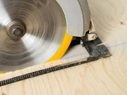 What Kind Of Saw Blade To Cut Laminate Flooring How To Lay A Plywood Subfloor How Tos Diy