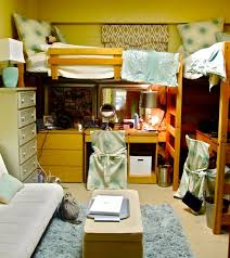 How To Decorate Your College Room Best 25 Dorm Room Layouts Ideas On Pinterest Dorm Layout