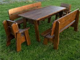di legno per giardino tavoli da esterno in legno tavoli da giardino caratteristiche