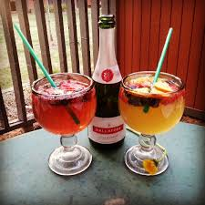 starbucks refresher mimosa with fresh fruit drinks pinterest