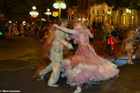 disney photo fun friday u2013 haunted mansion ballroom dancers