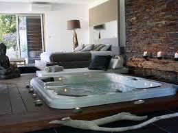 hotel a nimes avec dans la chambre suite 609 pacha avec piscine privée chauffée et privatif