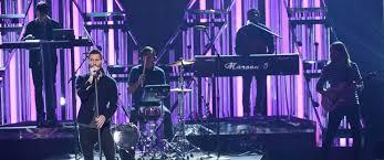 5 Up Photo Album Maroon 5 And Kelsea Ballerini Embrace Pop On New Albums Abc News