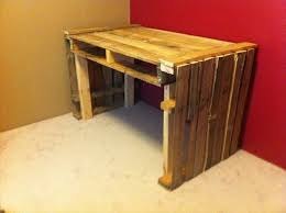 Diy Pallet Desk 16 Ideas For A Useful Pallet Desk From Recycled Pallets Pallet