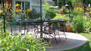 Residential Landscaping Services by Residential Landscape Maintenance For St Louis Homes