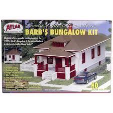 amazon com atlas ho scale barb u0027s bungalow kit toys u0026 games