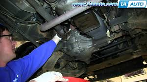 how to do a engine oil change 1995 99 chevy tahoe gmc yukon youtube