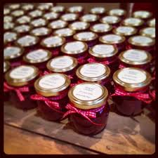 jam wedding favors inexpensive edible wedding favors weddingbee wedding ideas