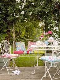 Shabby Chic Garden by 206 Best Shabby Chic Gardens Images On Pinterest Flowers