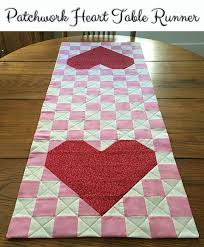 valentine s day table runner 28 free quilted table runners pattern guide patterns