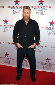 Hit The Floor Killer Crossover - twd u0027s michael cudlitz is favorite to make ftwd crossover daily