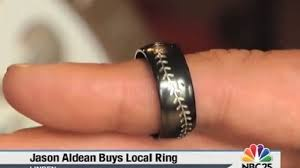 jason aldean wedding ring jason aldean chose linden jewelry store for his wedding ring weyi