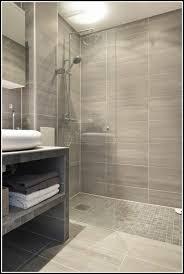 kleine badezimmer fliesen ideen fliesen kleines bad fliesen house und dekor galerie im