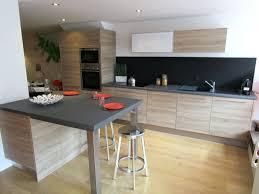 cuisine sur mesure leroy merlin plan travail cuisine de stratifiac granit ou quartz prix sur