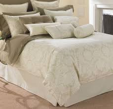 What Is The Difference Between A Coverlet And A Comforter The Differences Between Damask Brocade And Jacquard Camas