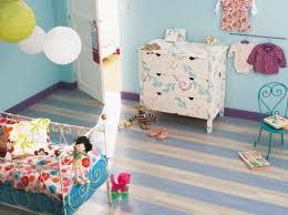 leroy merlin chambre bébé passer de la chambre de bébé à la chambre d enfant leroy merlin