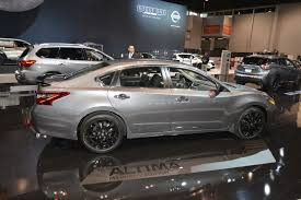 nissan maxima midnight edition for sale nissan debuts midnight editions of maxima sentra altima rogue