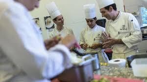 emploi chef de cuisine lyon comment se reconvertir dans les métiers de la cuisine