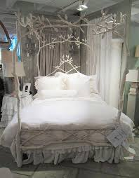 Girls White Bed by Best 25 White Iron Beds Ideas On Pinterest Vintage Bed Frame