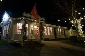Outdoor Christmas Tree Made Of Lights nashville holiday outdoor lighting