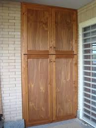 armadi in legno per esterni porte and finestre porte armadio a muro and finestre emejing ante