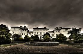list of reportedly haunted locations wikipedia