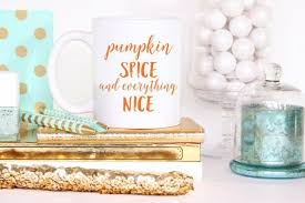housewarming gift for someone who has everything 12 hostess and housewarming gifts perfect for fall brit co