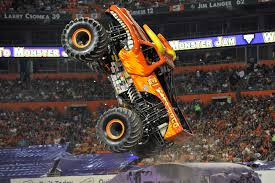 monster trucks shows 2015 monster jam manila is the kind of family mayhem we all need in our