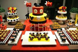 mickey mouse clubhouse centerpieces mickey mouse decoration ideas a boys mickey mouse musketeer