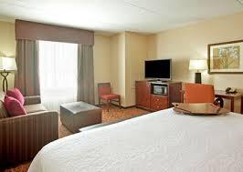 Minneapolis Bed And Breakfast Rooms And Suites Hampton Inn Minneapolis St Paul Arpt