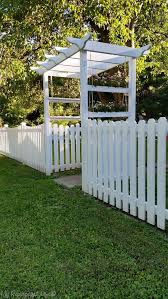 White Backyard Fence - best 25 yard fencing ideas on pinterest front yard fence fence