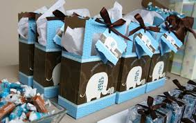 Birthday Favor Boxes by Do Your Guests A Favor Gift Them With A Uniquely Personalized