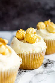 toffee popcorn cupcakes i am baker