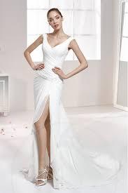 robe mari e courte devant longue derriere robe de mariée sans manche en mousseline bretelle large courte