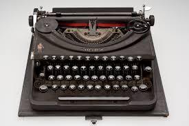 typewriter oliver portable type 4 circa 1952